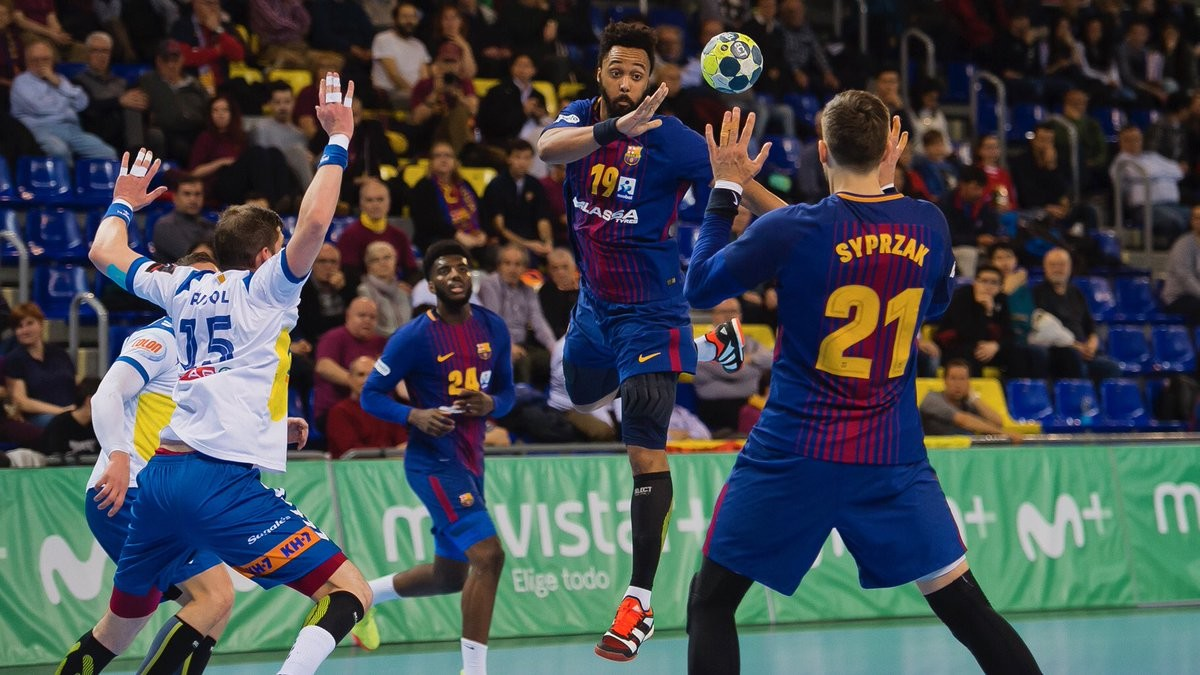 Una jugada del partido de este viernes entre el Barça y el Granollers en el Palau.