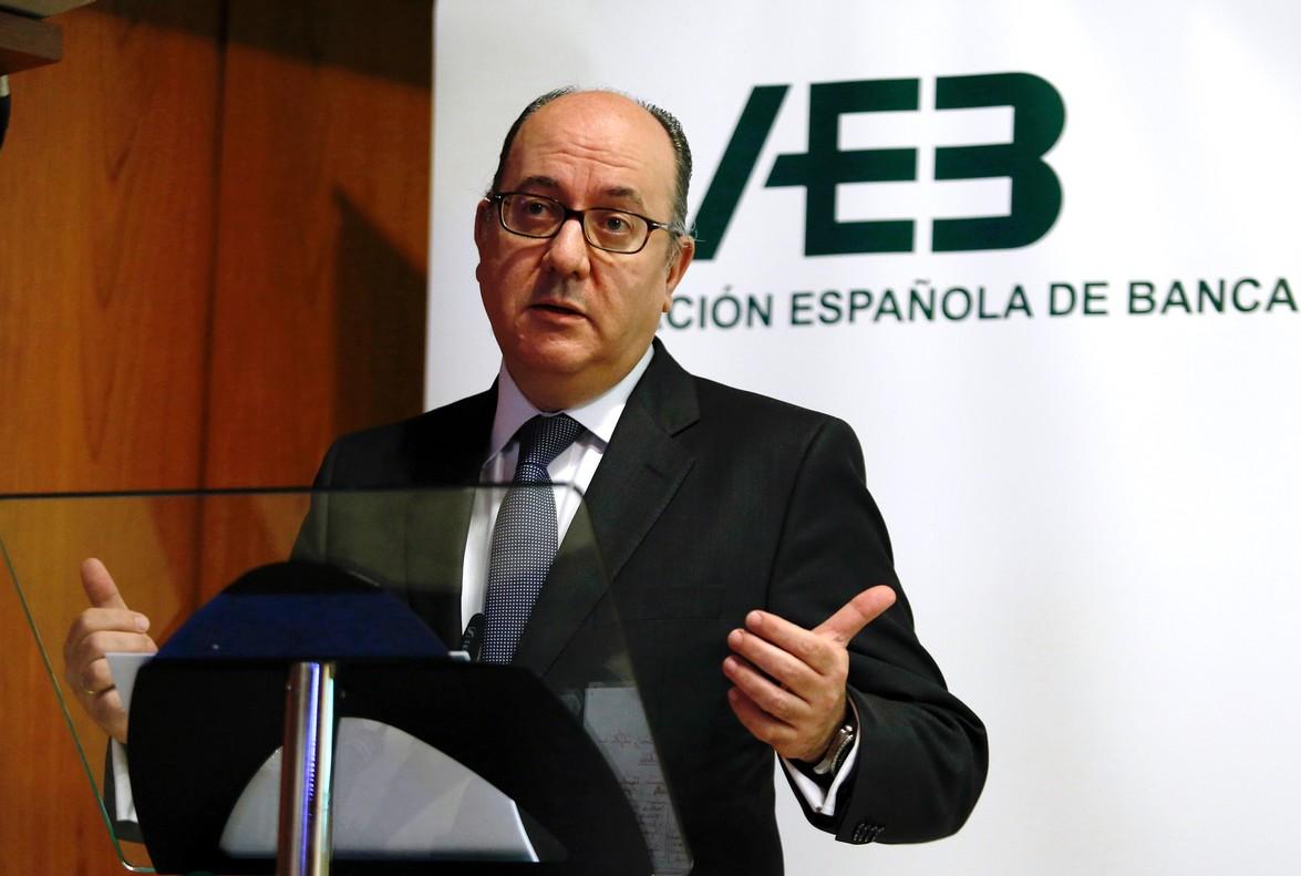 El presidente de la Asociacion Española de Banca (AEB), José María Roldán, en una imagen de archivo.