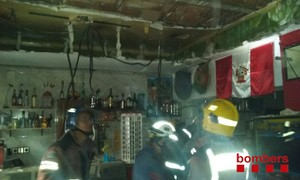 Rescatades 10 persones d'un bar de l'Hospitalet després d'ensorrar-se el sostre
