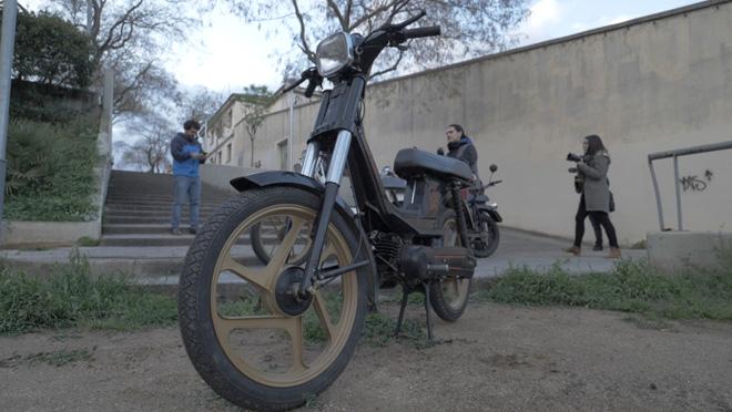 Derbi Variant: la moto més gamberra segueix donant canya.