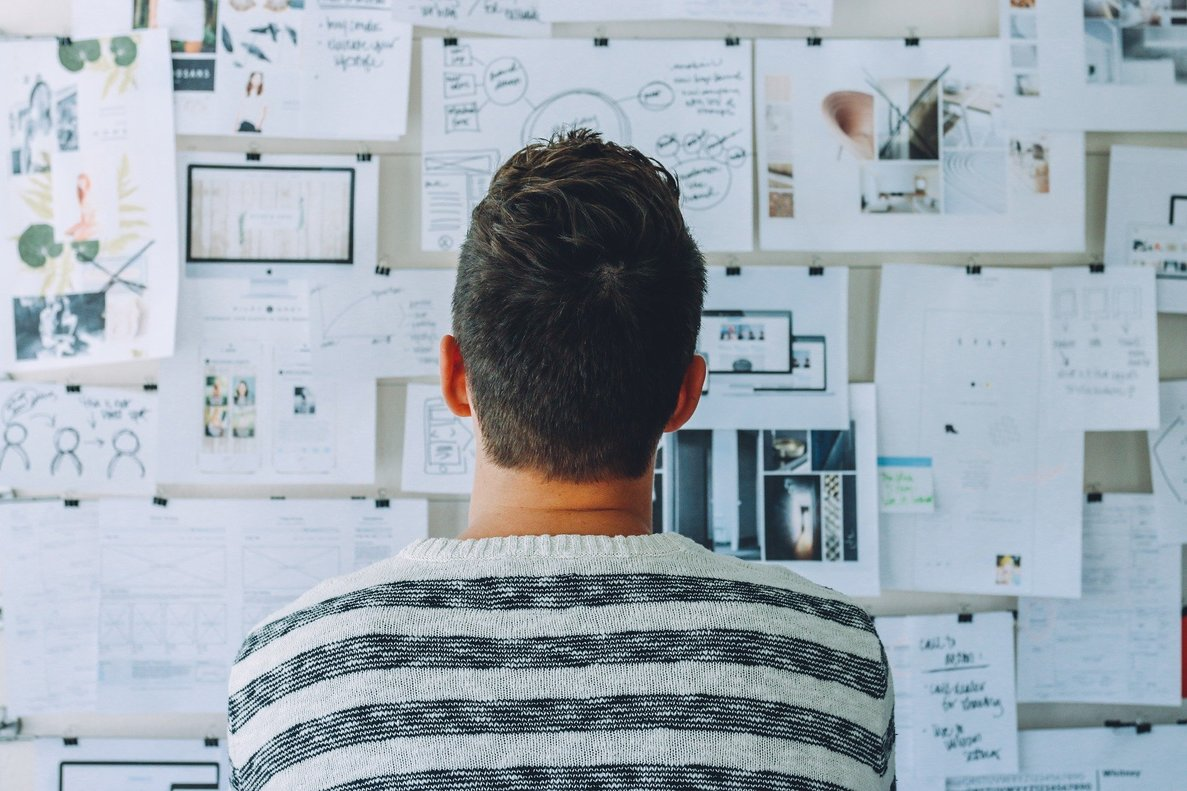 En busca de empleo: pasos para reinventarse profesionalmente