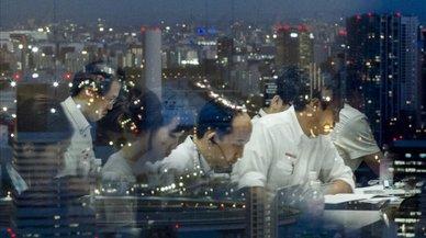 Japón da fiesta los lunes para reducir las muertes por exceso de trabajo