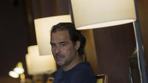 El escritor angoleño José Eduardo Agualusa, en un céntrico hotel de Barcelona.