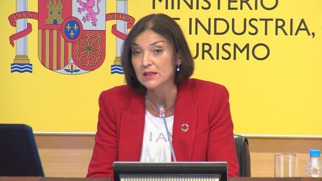 España recibirá 29,6 millones de turistas este verano, según explicala ministra de Industria, Comercio y Turismo en funciones, Reyes Maroto.