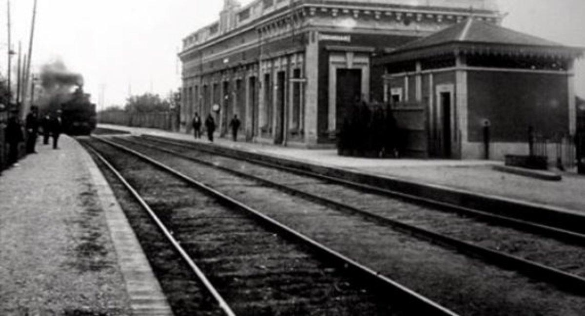 Estación de trenes de Cornellà en los años 20.