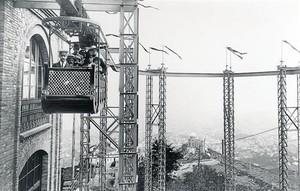 El estreno 8 Imagen del viaje inaugural del ferrocarril aéreo, el 22 de mayo de 1915.