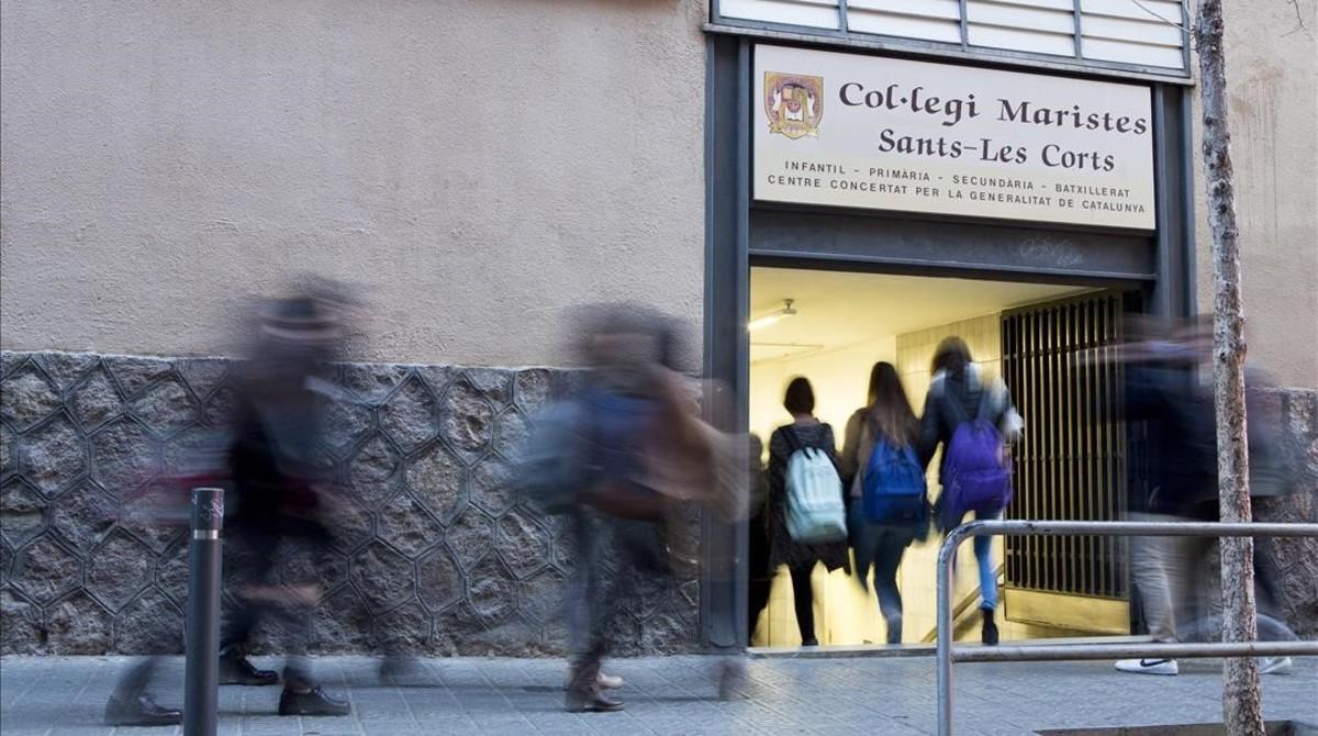 Acceso al colegio de los Maristas de Sants-Les Corts.