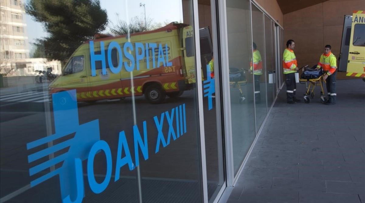Acceso a Urgencias del Hospital Joan XXIII, de Tarragona.