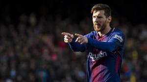 Leo Messi celebra el gol que metió al Celta en un encuentro de la Liga española.