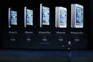 Distintos modelos de los teléfonos de Apple, en un acto de la compañía del pasado 9 de septiembre.