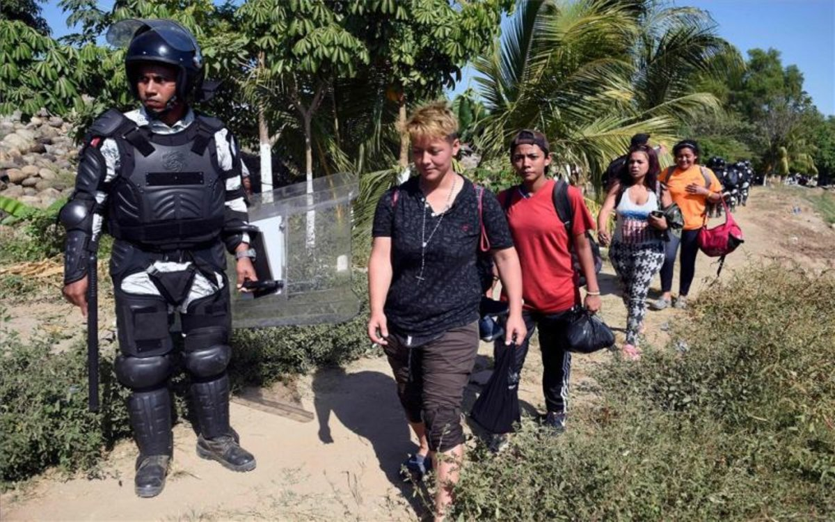 Inmigrantes centroamericanos detenidos en México.