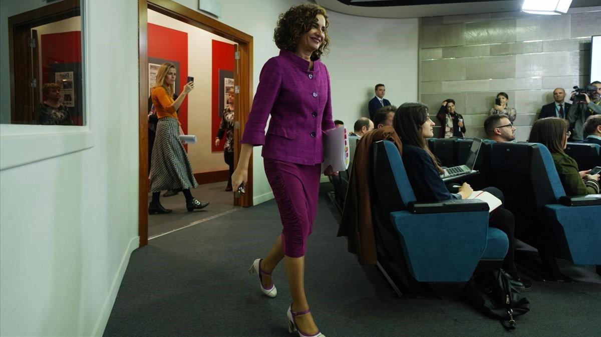 La ministra Portavoz del Gobierno,María Jesús Montero, tras la reunión del Consejo de Ministros