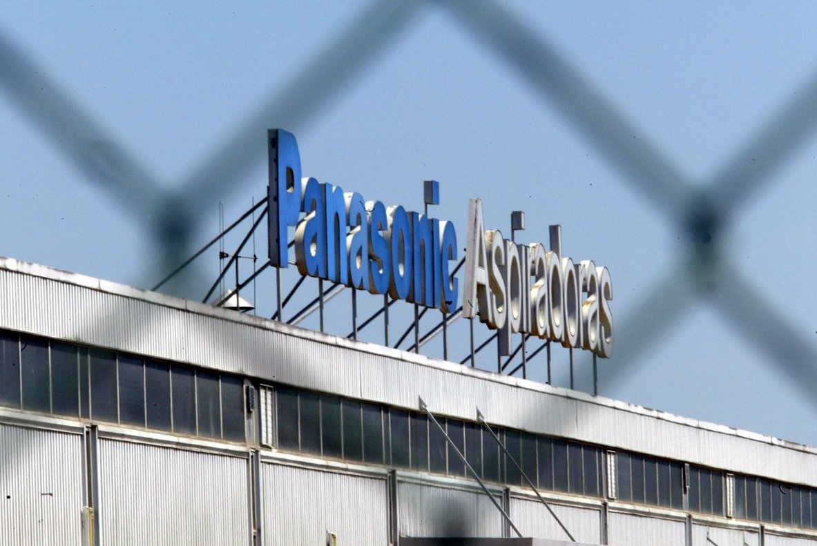 Panasonic suministra a Huawei componentes para sus teléfonos móviles.