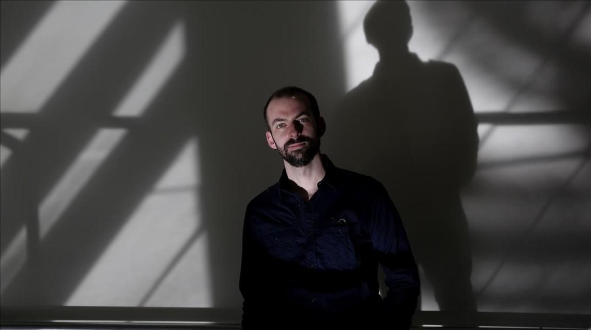 El periodista y escritor norteamericano Chris Ruen, en Madrid, donde ha presentado #Gorrones.