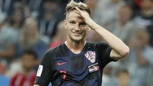 Rakitic celebra el pase a los cuartos de final tras marcar el penalti decisivo ante Croacia.