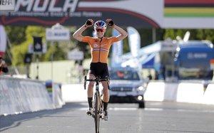 Aclaparador domini neerlandès en la prova femenina del Mundial