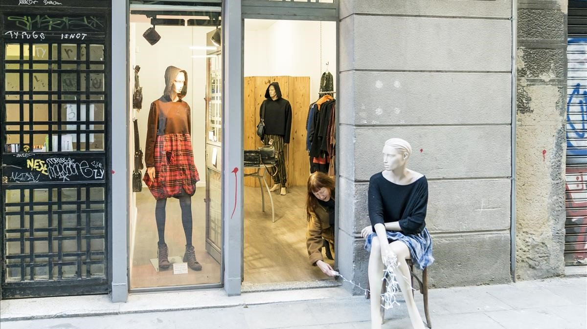 The Post-Industrial Fashion shop, comercio situado en uno de los Baixos de Protecció Oficial de 2018.