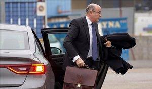 El coronel Diego Pérez de los Cobos llega a una sesión del juicio contra el mayor de los Mossos, Josep Lluís Trapero, en enero pasado.