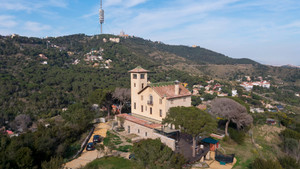 Surt a la venda una casa modernista centenària de Barcelona