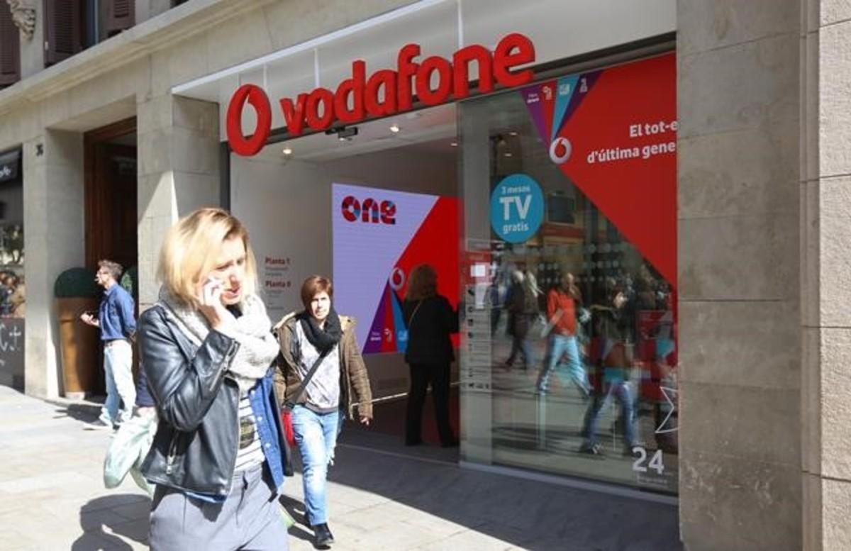Tienda de Vodafone, en el Portal de lÀngelde Barcelona.