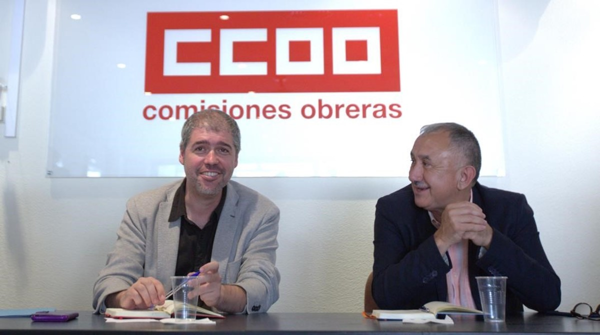 Unai Sordo, a la izquierda,y Pepe Alvarezreunion, a la derecha, en la reunión conjunta de las ejecutivas de CCOO y de UGT.