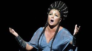 La diva Netrebko i el rei Muti triomfen amb una 'Aida' sense exotisme