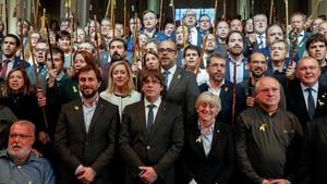 Puigdemont carrega contra Juncker i Tajani per recolzar Espanya