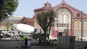 Fase final de obras en el mercado de Sant Antoni.