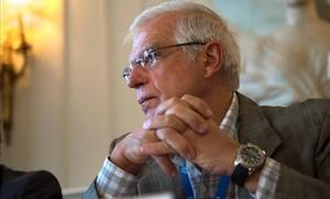 Borrell diu que les bombes que s'enviaran a l'Aràbia Saudita no produeixen efectes col·laterals