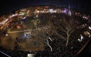 Milers de persones es manifesten a França per dir ¡prou! a l'antisemitisme