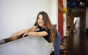 Montse Iranzo, en el espacioDansalut del barrio de Gràcia.