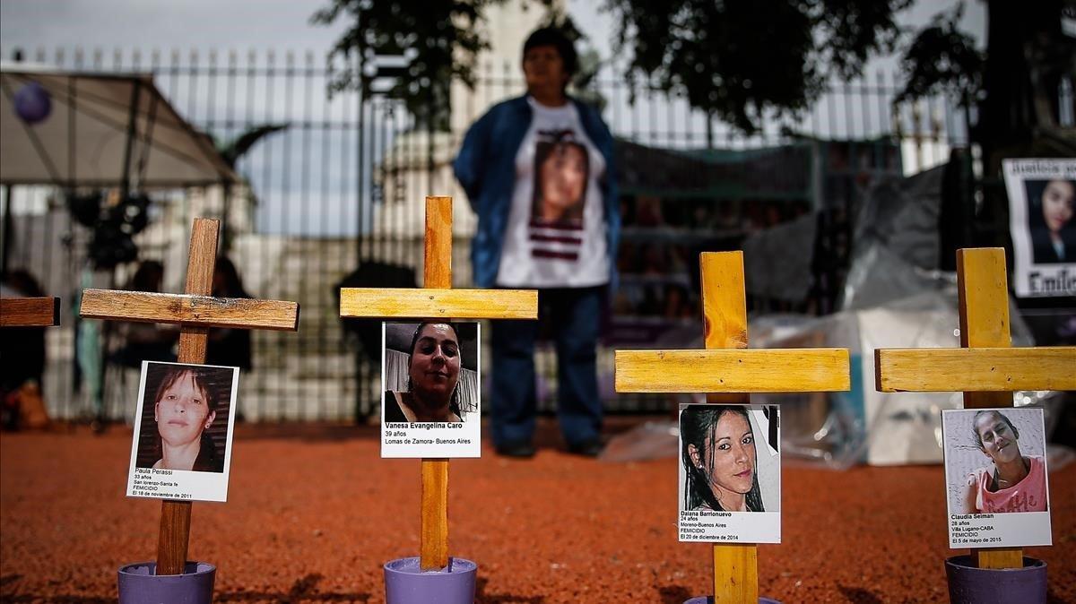 Instalación de denuncia de la violencia machista frente al Congreso de Argentina, en Buenos Aires, el pasado miércoles.