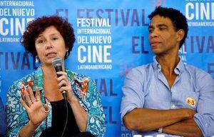 Bollaín y Acosta, en la presentación de Yuli en La Habana.