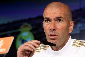 El técnico del Madrid, Zinedine Zidane, en rueda de prensa.