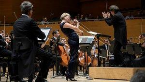 Alina Ibragimova, con la OBC en el Auditori