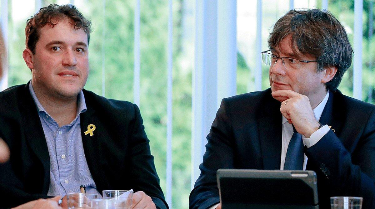 Encreuament de retrets entre el PDECat i el partit de Puigdemont al jutjat