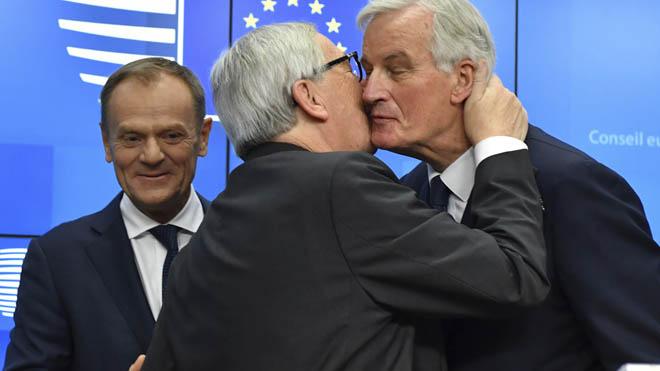 Els 27 recolzen l'acord de divorci entre la UE i el Regne Unit