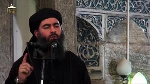 Captura de vídeo de la imagen del líder del Estado Islámico Al Baghdadi, llamando a los yihadistas a resistir en Mosul.