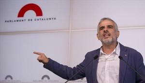 Carlos Carrizosa, portavoz de Ciutadans, durante una reciente rueda de prensa en el Parlament.