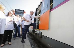 Desnivel que deben sortear los usuarios de Rodaleis en la estación de Montcada Bifurcació.