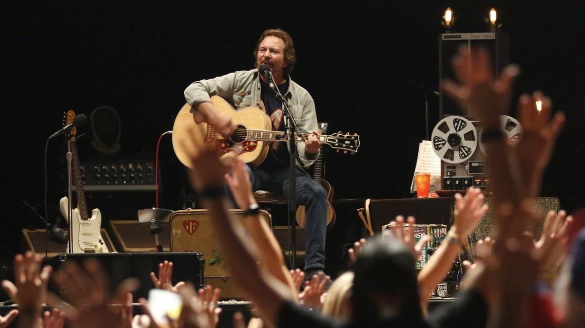Concierto de Eddie Vedder en el Palau Sant Jordi