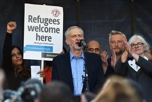 Corbyn en una marcha a favor de los refugiados, este sábado.