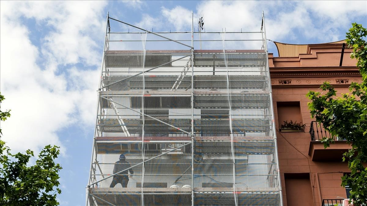 Edificio rehabilitado con ayudas municipales