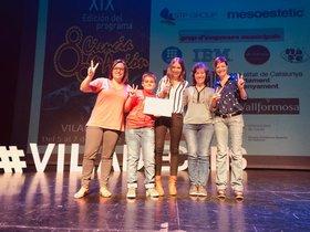 Entrega del Premio Especial a la Escuela Àngela Roca y el INS Torre Roja el pasado fin de semana en Viladecans