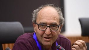 El escritor turco Dogan Akhanli durante su rueda de prensa en Madrid.