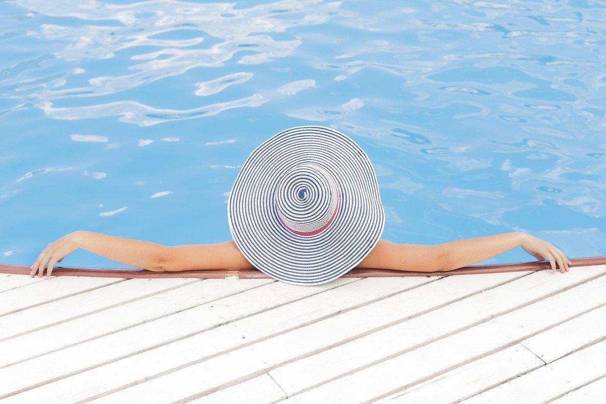 Esta startup te permite alquilar piscinas privadas para disfrutarlas con tu familia o amigos