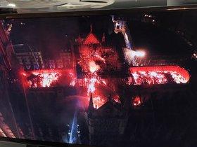 Imagen de las naves de Notre Dame devoradas por las llamas captada por un dron.