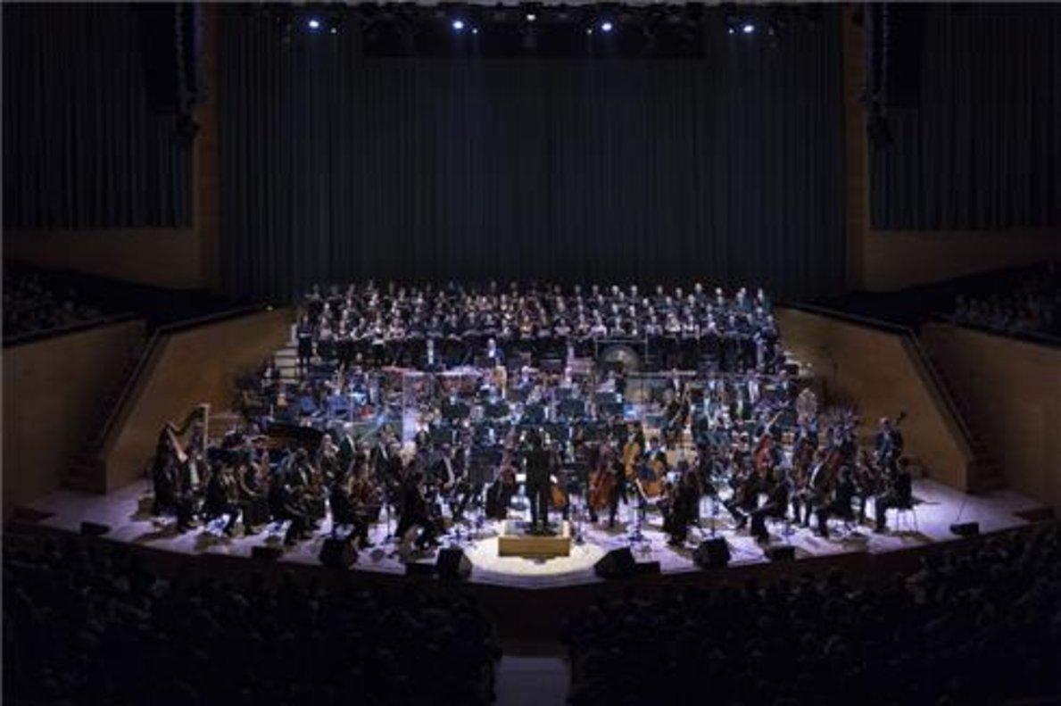 La OBC durante un concierto dedicado a las canciones de Broadway.