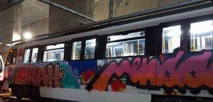 Vagón pintado del Metro de Madrid.