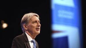 Hammond interviene en la conferencia del Partido Conservador, en Manchester.